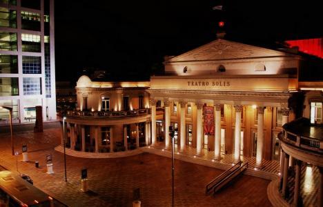Teatro Solís, Montevideo, Uruguay. Fuente: Flickr / LWY
