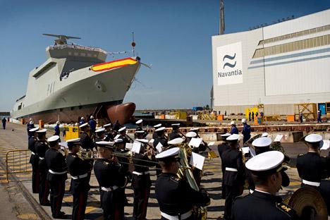 La empresa pública Navantia firma un acuerdo con la compañía estatal rusa  Rosoboronexport para contar con nuevo armamento en barcos patrulla. Fuente: AFP / EastNews
