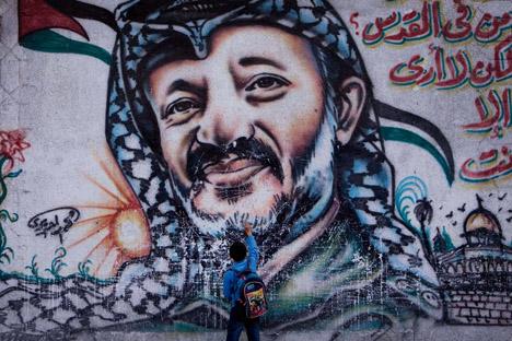Se unirán a un equipo de compuesto por suizos y franceses, en la tarea por esclarecer la muerte del antiguo líder palestino. Fuente: AP