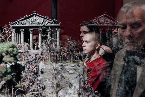 """El museo peterburgués acoge una exposición de los hermanos Jake y Dinos Chapman llamada """"El final de la diversión"""". Fuente: Alexey Danichev / RIA"""