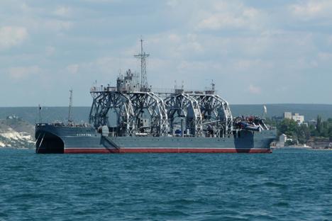 El 'Kommuna' es un barco de salvamento qu forma parte de la Flota rusa del mar Negro y el barco más antiguo del mundo. Fuente: George Chernilevsky / wikimedia.org