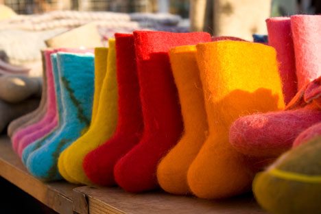 Las valenki son unas botas de fieltro que hacen la competencia a la popular marca australiana UGG. Fuente: Lori / LegionMedia