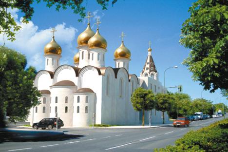 En Moscú nadie duda del resurgir de la fe ortodoxa. Tampoco en España, donde sus cúpulas doradas se ven ya entre varios puntos de nuestra geografía. Fuente: Julián Jaén