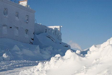 Durante el largo invierno de Norilsk, detrás de las ventanas, lo invade todo la nieve y un frío atroz. Fuente: Flickr / Lvovsky