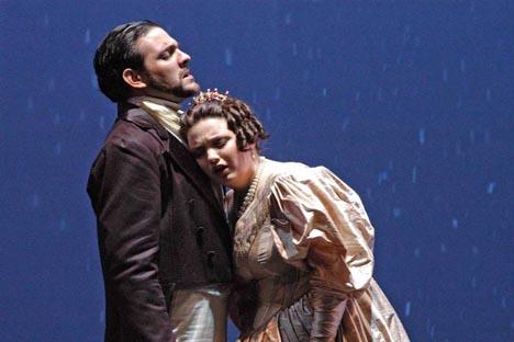 Bal Oneguin; son Tatiana (Daniela Tabernig) y Onyegin (Armando Folger). Fuente: Liliana Morsia