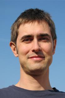 Roberto Espinagosa es el único practicante en Rusia del método Grinberg, que sirve para solucionar desequilibrios en la vida cotidiana. Fuente: Roberto Espinagosa