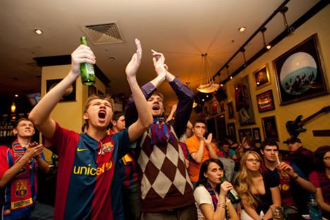 Aficionados rusos del Barcelona durante la final de Champions League de 2009. Fuente: barcamania.com