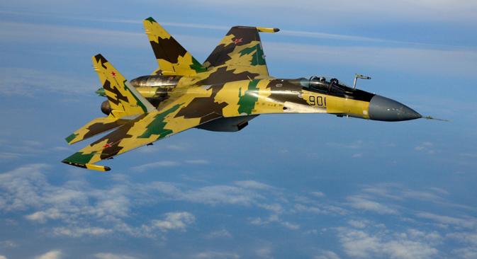 """El Sukhoi """"Su-35"""", un avión de combate polivalente, altamente maniobrable. Fuente: Sukhoi"""