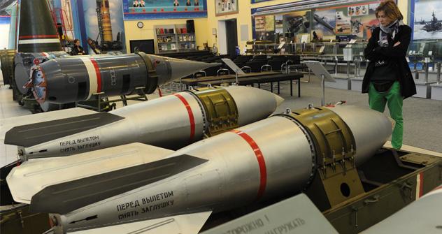 Expertos en defensa y políticos se reúnen en Moscú para discutir los escollos y las posibilidades de progreso en la reducción de armas nucleares. Fuente: RIA Novosti
