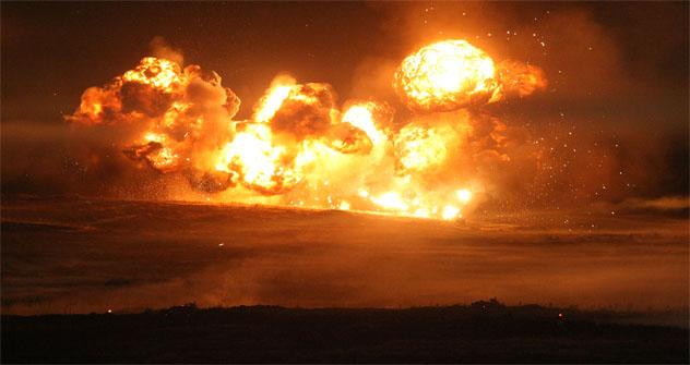 """Tras la explosión, expertos del Ministerio de Defensa estudiaron un radio de 254 hectáreas y encontraron más de 3.000 piezas de artillería sin detonar. Ahora tienen que destruirlas en """"modo seguro"""". Fuente: ITAR-TASS"""