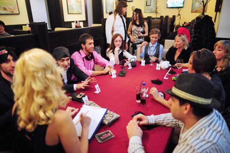 Un jeu de société peut devenir un instrument pour un spécialiste en ressources humaines, un moyen de tester ses partenaires d'affaires ou même de trouver une épouse. Crédit photo: ITAR-TASS