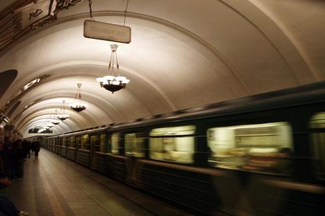 El metro de Moscú es el segundo en densidad de viajeros, sólo por detrás de Tokio. Fuente: Flickr/ Jaime Silva