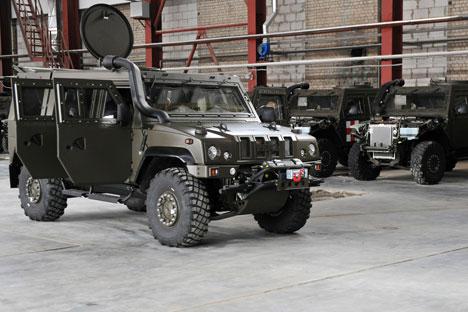 El carro blindado Lince, de marca italiano aunque producido en Rusia. Fuente: Oficina de prensa del oblast de Voronezh