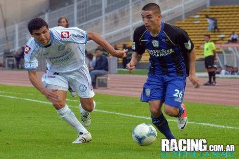 El argentino Ricardo Centurión (a la derecha) ficha por el Anzhi procedente de Racing. Fuente: racing.com.ar