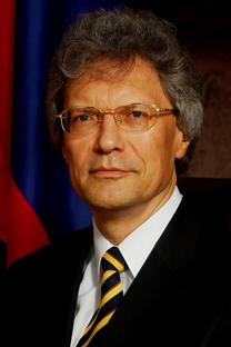 El embajador de la Federación Rusa en China, Serguéi Rázov. Fuente: Embajada de Rusia en China