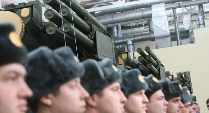 Las fuerzas aéreas rusas reciben los 10 primeros nuevos sistemas aéreos de defensa con misiles SA-22 Greyhound. Fuente: Alexéi Kudenko / RIA Novosti.