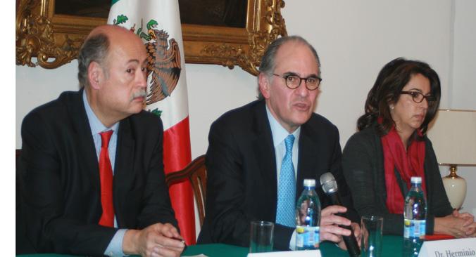 De izquierda a derecha: Rubén Beltrán, Herminio Blanco y Lurdes Aranda. Fuente: Santi Pueyo