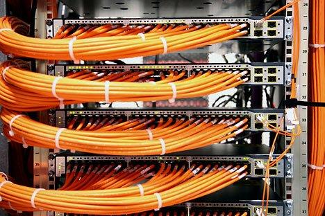 La empresas rusas de telecomunicaciones se lanzan al suculento mercado de tránsito entre ambos continentes. Fuente: PhotoXpress