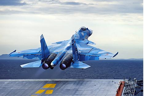 Em reunião na Sibéria, presidente falou sobre os projetos para reequipar a Força Aérea Russa até 2020 Foto: Mil.ru