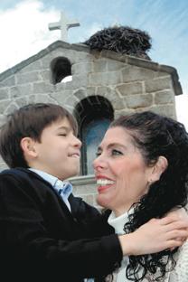 José Luis Bernardino y Gemma García tardaron una década en dar sus apellidos a su hijo Ian. Fuente: Julián Jaén