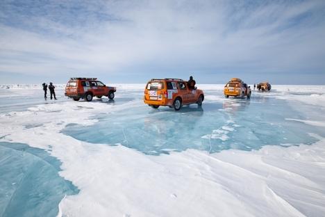 Un reportero de Rusia Hoy se une a la Expedition Trophy 2013, que recorre más de 15.000 kilómetros por las tierras de Rusia, la gran mayoría fuera de la carretera. Fuente: Expedición