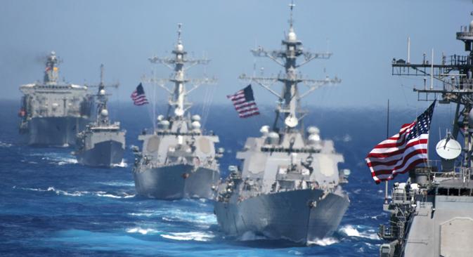 Un aspecto importante de la rivalidad entre los Estados Unidos y China, que está adquiriendo cada vez mayor relevancia en Asia Oriental, es el potencial de confrontación naval. Fuente: AP