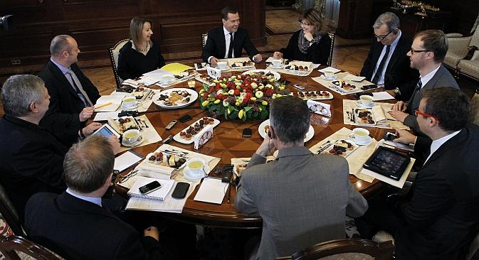 Medvédev concede una entrevista a los medios europeos en la que habla de la situación en la isla y de posibles soluciones. Fuente: RIA Novosti / Ekaterina Shtukina