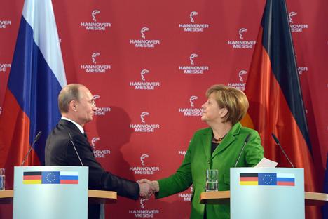El mandatario ruso se reunión con Angela Merkel e inauguró la Feria de Hannover. Fuente: Vostock Photo
