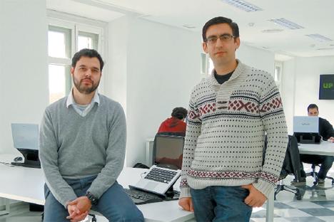 Luis Hernández (izquierda) y José Domínguez, socios y fundadores de Uptodown. Fuente: Archivo Personal