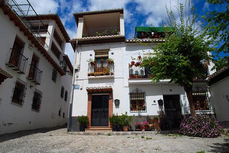 El mercado inmobiliario español parace un destino apropiado para los inversores de este país. Fuente: flickr / Aris Gionis