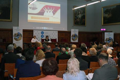 El foro se celebró en el aula magna de la Universidad de Barcelona. Fuente: Maite Montroi