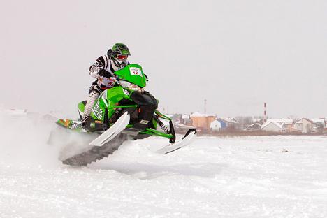 Debido al éxito del maratón Yamalkán de motos de nieve, el gobierno de la región ha decidido participar en los programas federales de Yamal de turismo. Fuente: Andréi Raskin