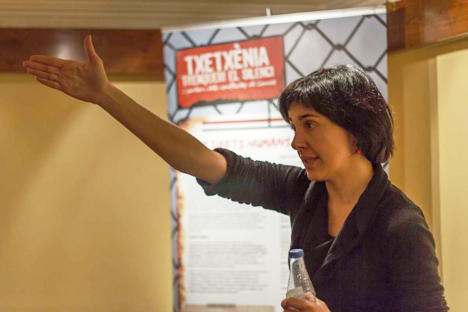 Entrevista a Marta Ter, responsable de la campaña 'Chechenia, rompamos el silencio'. Fuente: Jordi R. Renom.