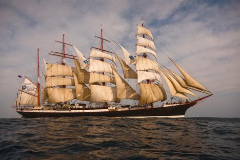 Tras surcar tres océanos en casi doce meses, el barco ruso está a punto de llegar a las islas Canarias. Fuente: Vadim Shrik/GeoPhoto