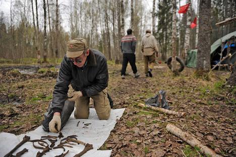 Se siguen organizando brigadas para buscar los cuerpos de soldados muertos en la Segunda Guerra Mundial. Fuente: Mijaíl Mordásov