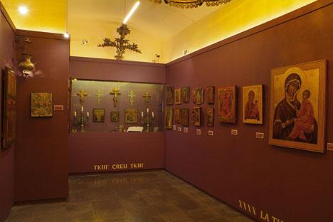 El mítico monasterio catalán, muy visitado por turistas rusos, acoge en su museo una exposición de iconos única en España. Fuente: Maite Montroi
