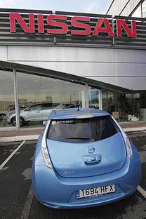 El coche eléctrico Nissan Leaf. Fuente: Flickr/agirregabarria