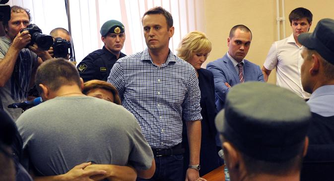 Navalni tras la sentencia que lo ha condenado por robo. Fuente: AFP / East News.