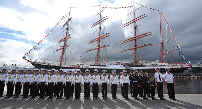 Finaliza en San Petersburgo la vuelta al mundo que el velero comenzó hace 14 meses. Fuente: ITAR-TASS