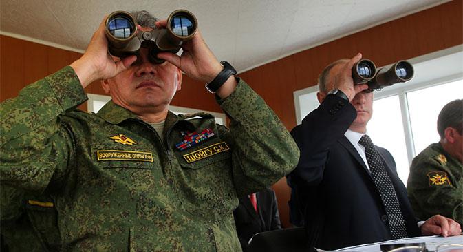 El ministro de Defensa, Serguéi Shoigu con el presidente de Rusia, Vladímir Putin. Fuente: Mil.ru