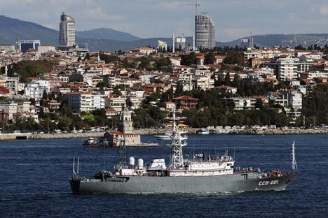 O Estado-maior da Frota Marítima Militar acredita que, se necessário, poderia influenciar a região Foto: AP