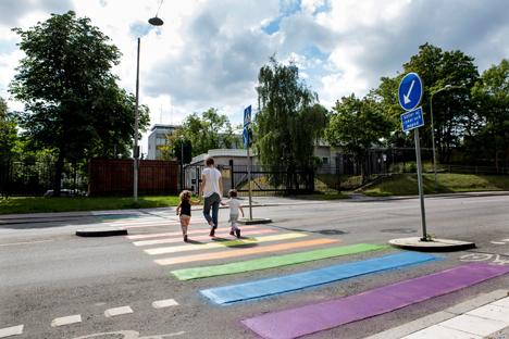 Rusia paraliza todos los procesos de adopción de España por la posibilidad de que los menores acaben teniendo padres homosexuales . Fuente: ITAR-TASS