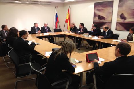 La delegación empresarial en la oficina de comercio de España en Moscú. Fuente: Servicio de prensa de la Cámara de Comercio de Málaga.