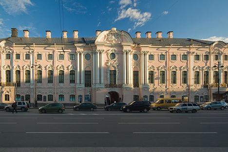 Palacio Stróganov en San Petersburgo. Fuente: wikipedia / George Shuklin