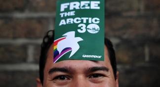 Russia vs. Greenpeace: Legal proceedings begin