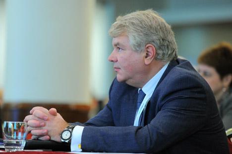 Alexéi Meshkov, viceministro de Asuntos Exteriores, explica cuestiones políticas que distancian al país eslavo de Europa. Fuente: ITAR-TASS