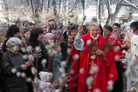 Entrevista a Mario Beverati, que reside en Nizhni Nóvgorod desde 1996, y consiguió restaurar una iglesia con ayuda del actual pontífice. Fuente: Dmitri Molev