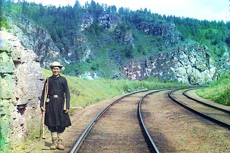 1912, Bashkirio en las vías del Transiberiano, cerca del río Yuryuzan (Ust Katav). Fuente: Serguéi Prokudin-Gorski, archivo