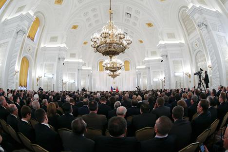 Momento de la multitudinaria rueda de prensa que dio en el Kremlin el presidente ruso Vladímir Putin el pasado 12 de diciembre. Fuente: Reuters