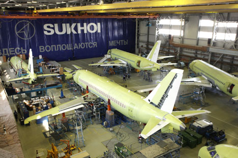 El SSJ100 está destinado a la nueva aerolínea de bajo coste Dobrolet. Fuente: ITAR-TASS